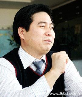 大运汽车集团董事长 远勤山高清图片