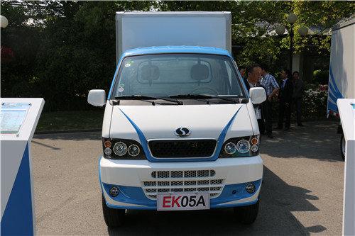 据了解,瑞驰汽车实业公司作为我国首批获得纯电动汽车整车高清图片