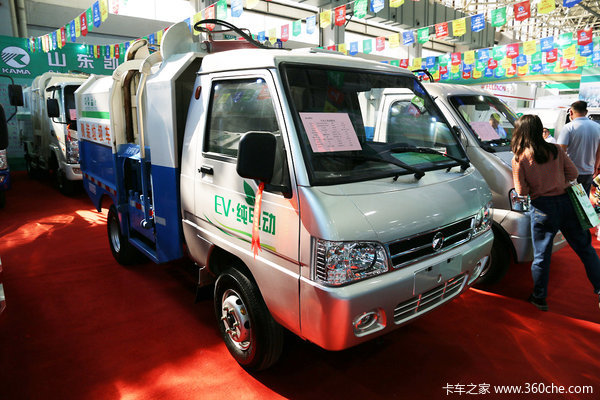 环卫车也爱装'纯'新能源电动车受追捧