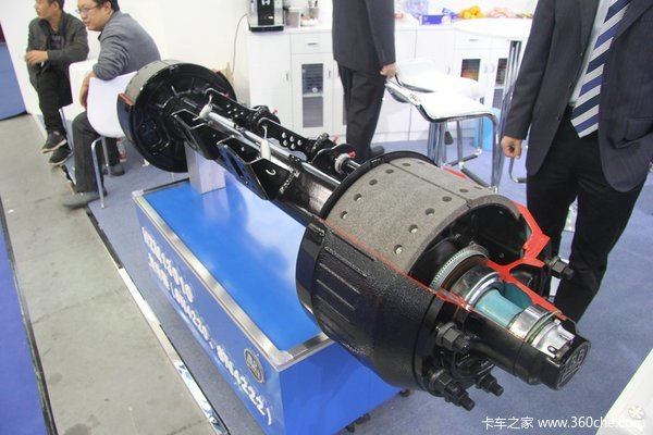 武汉车展:拆装快捷BPW新400K产品亮相