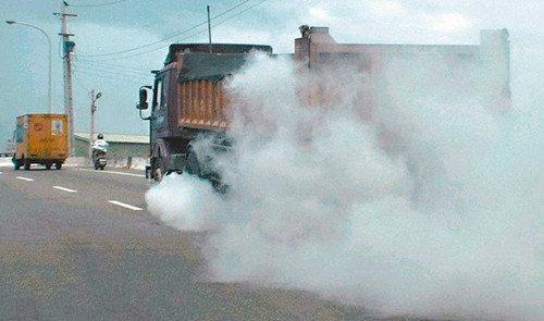 台湾PM2.5污染源调查大货车废气排首位
