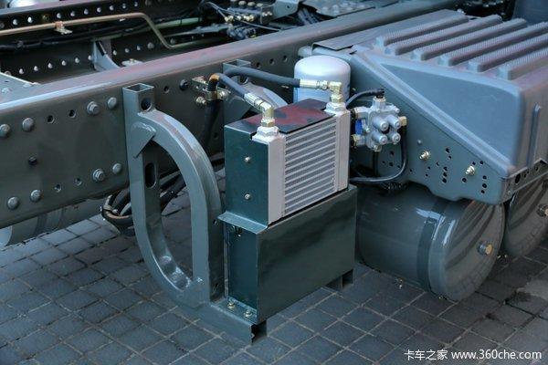 终于出现了重汽T5G四开门消防专用底盘
