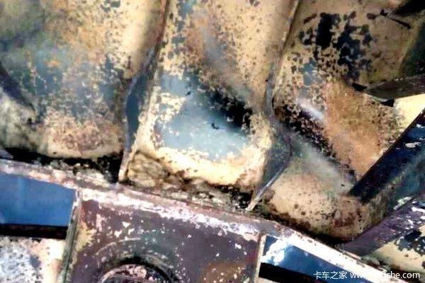 不换干燥罐引发的惨案低平板半挂烧毁