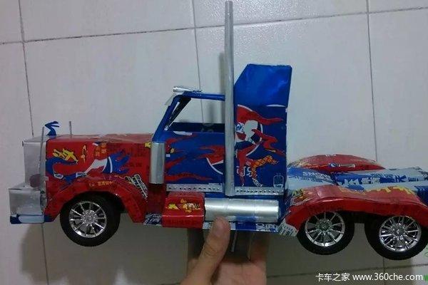 用易拉罐做卡车 单一个 酷 字无法形容高清图片