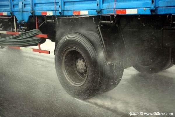 雨季变身轮胎屠夫老司机缘何频遭毒手