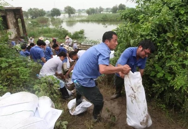 中联重科全力投入芜湖抗洪抢险救灾
