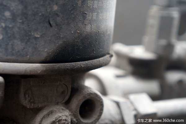 胡哥说制动(1)别让劣质干燥罐影响刹车