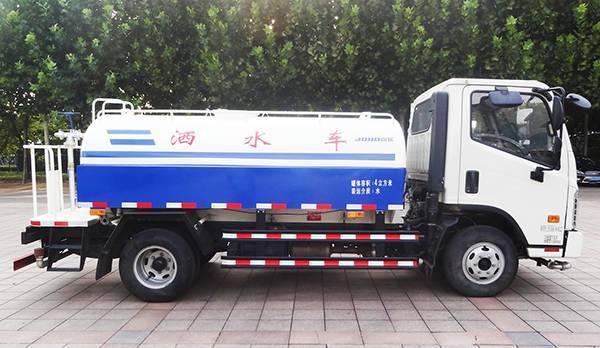 环卫有我福田时代国五洒水车正式亮相