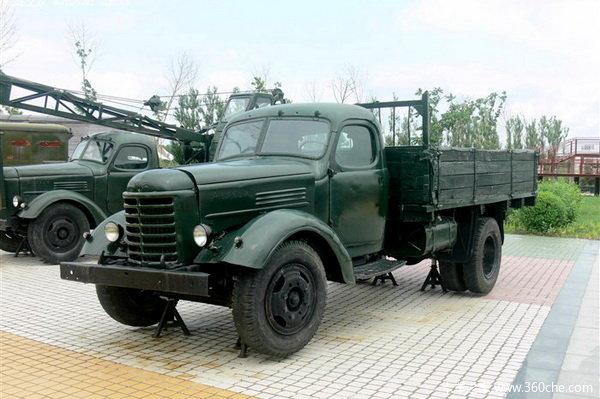 永恒的记忆 多年来经典的国产长头卡车