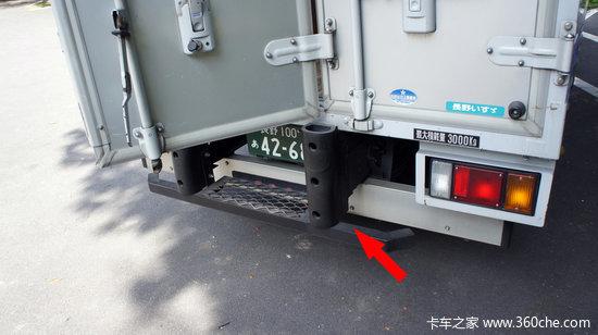 牛车老相片-十铃厢式轻卡,照片拍摄于日本本土.-老牛说车 30 预防碰撞安装车图片